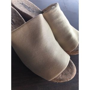Lucky Brand Shoes - LUCKY BRAND GOLD PLATFORM SHOES WEDGES SZ 10